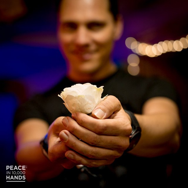 tiesto-peace-in-10000-hands