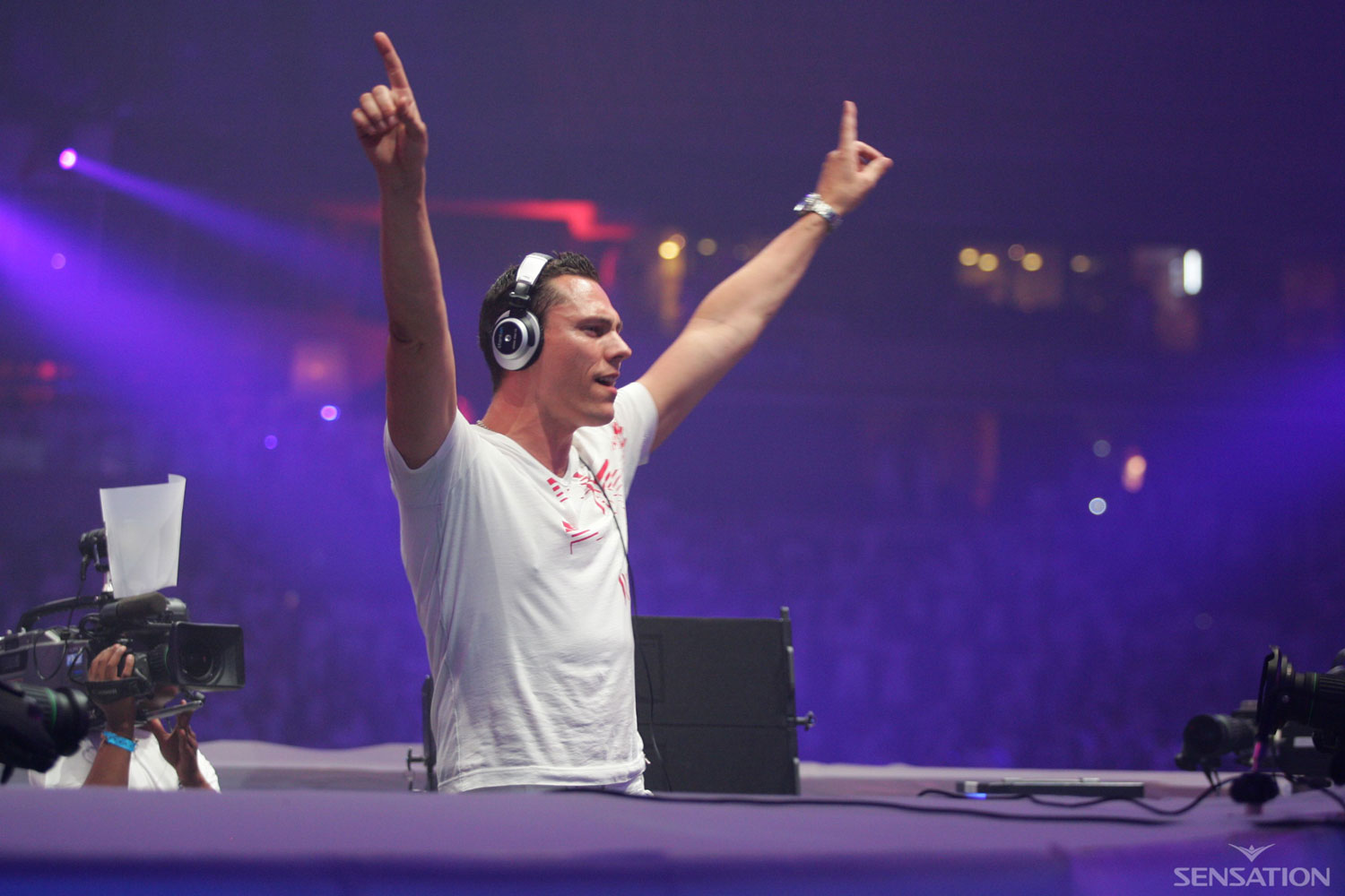 Tiesto - Live at Sensation White 2006