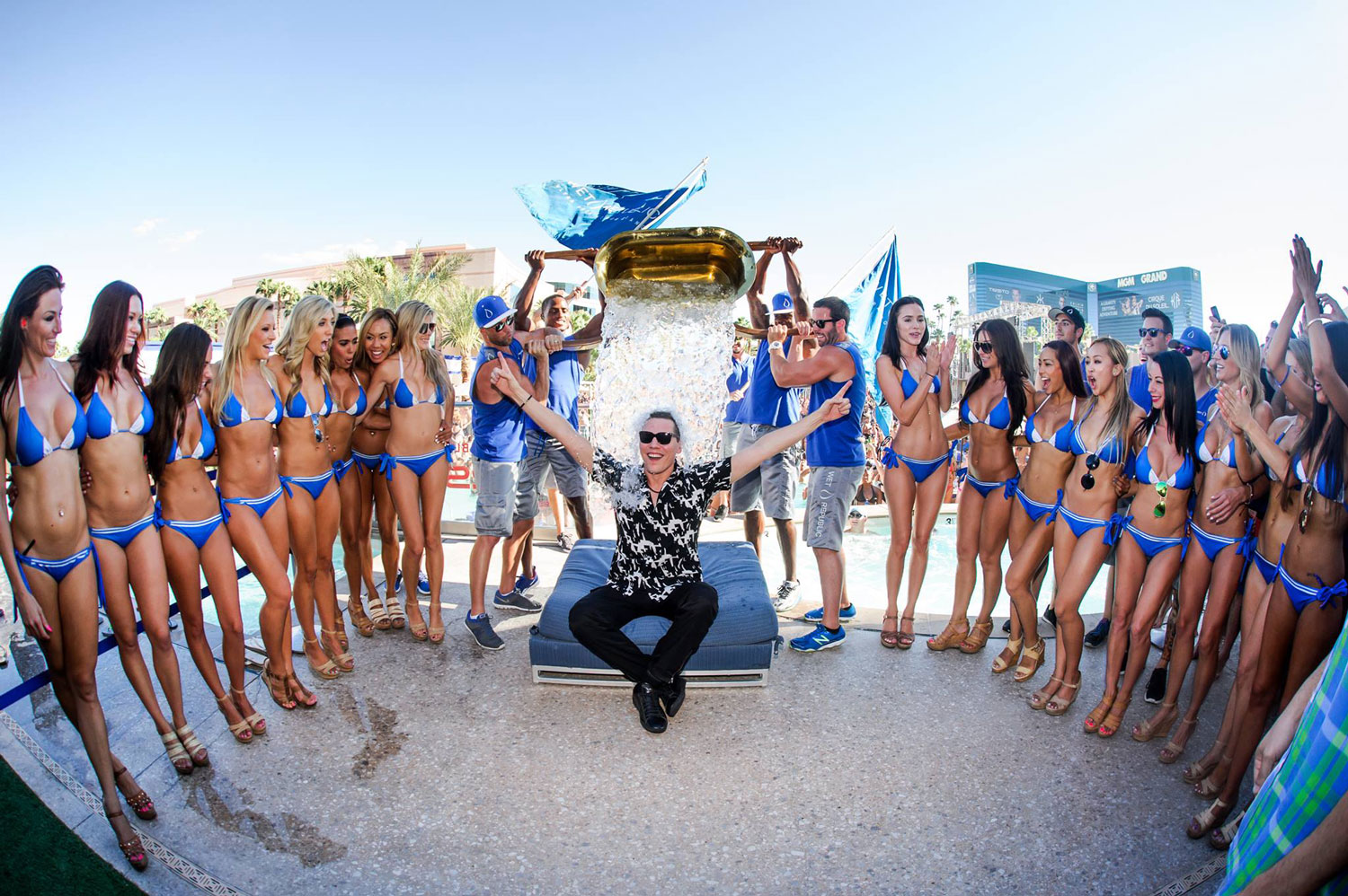 Tiësto Accepts ALS Ice Bucket Challenge